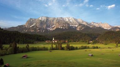 Schloss Elmau in der Alpenwelt Karwendel – Schauplatz des G7-Gipfels 2015